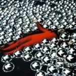 Yayoi Kusama a Milano. In mostra una protagonista dell'arte giapponese contemporanea