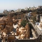Reportage India: fra i pellegrini giainisti alla Collina dei Templi