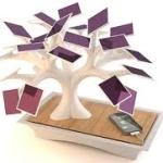 Un eco-bonsai a pannelli solari: per ricaricare cellulari e mp3