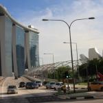 Lavorare stanca, anche a Singapore