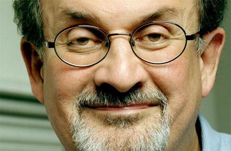 Lo scrittore Salman Rushdie