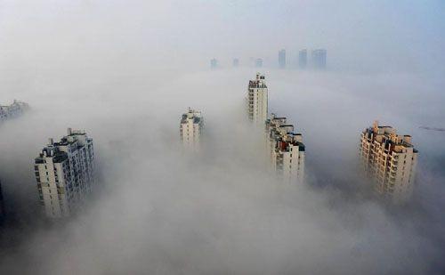 Nebbia e inquinamento a Suzhou, gennaio 2013 (fonte: CRI).