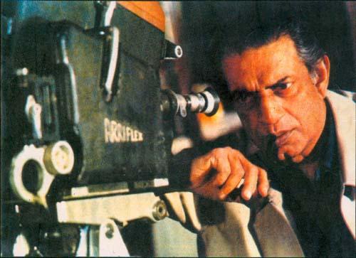 Il regista indiano Satyajit Ray