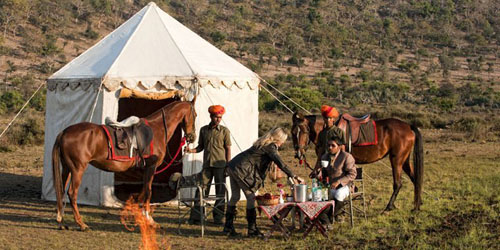 campo tendato per cavalieri in Rajasthan