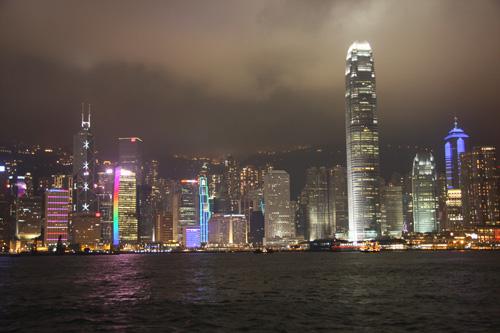 Hong Kong by night. Foto di Marco Restelli/MilleOrienti