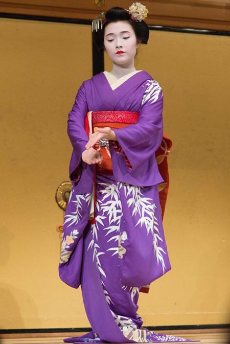 Danza. Kyoto, Giappone. Foto di Antonio Moncelsi.