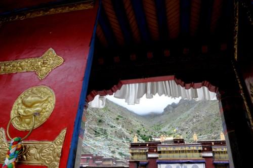 Monastero di Tsurphu, Tibet 2013. Foto di Giampietro Mattolin