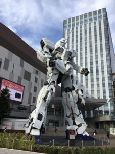 La statua di Gundam sull'isola di Odaiba nella baia di Tokyo. Copyright Marco Restelli
